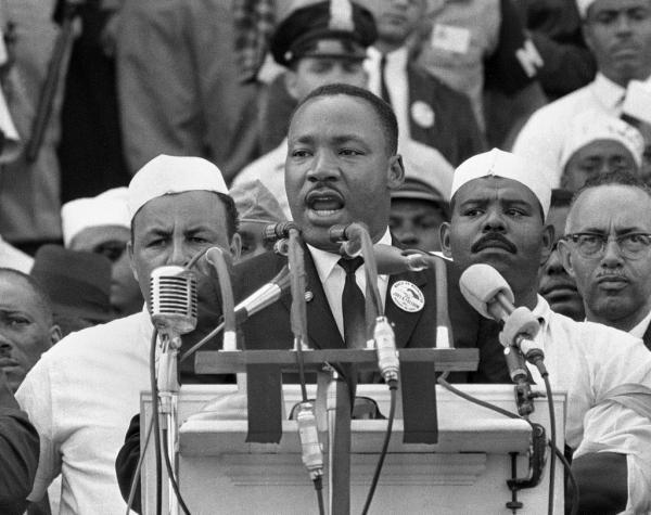 dr martin luther king i have a dream speech4[1] resized 600